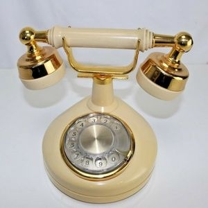 Vintage Tabletop Rotary Dial Telephone Decorative